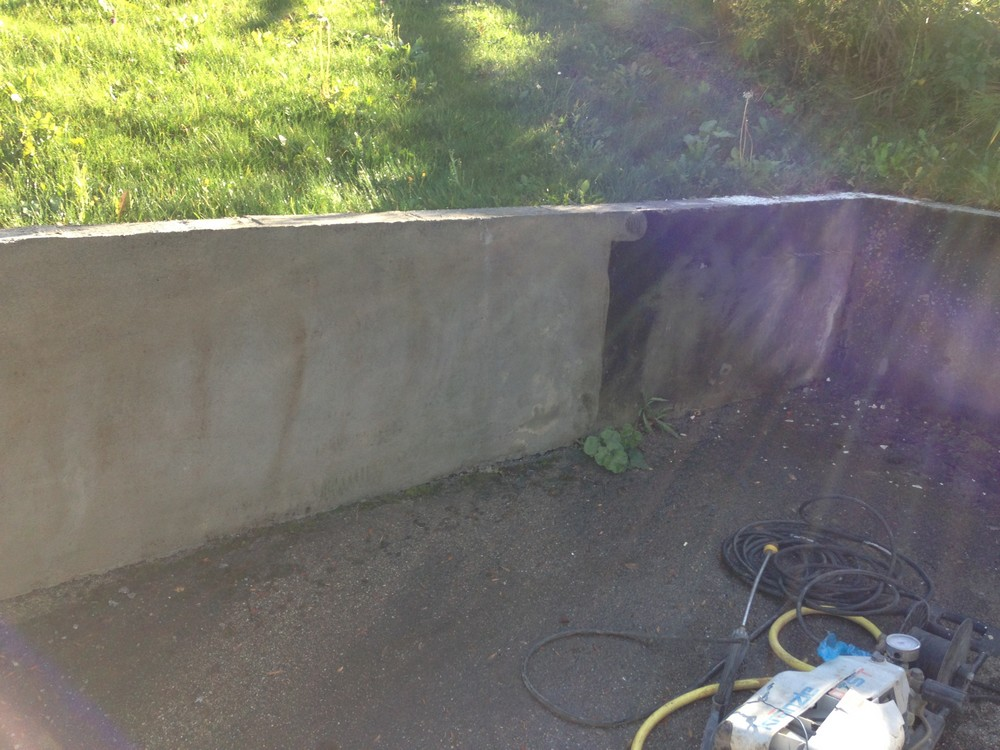 Mur en béton Couvertine Massongy
